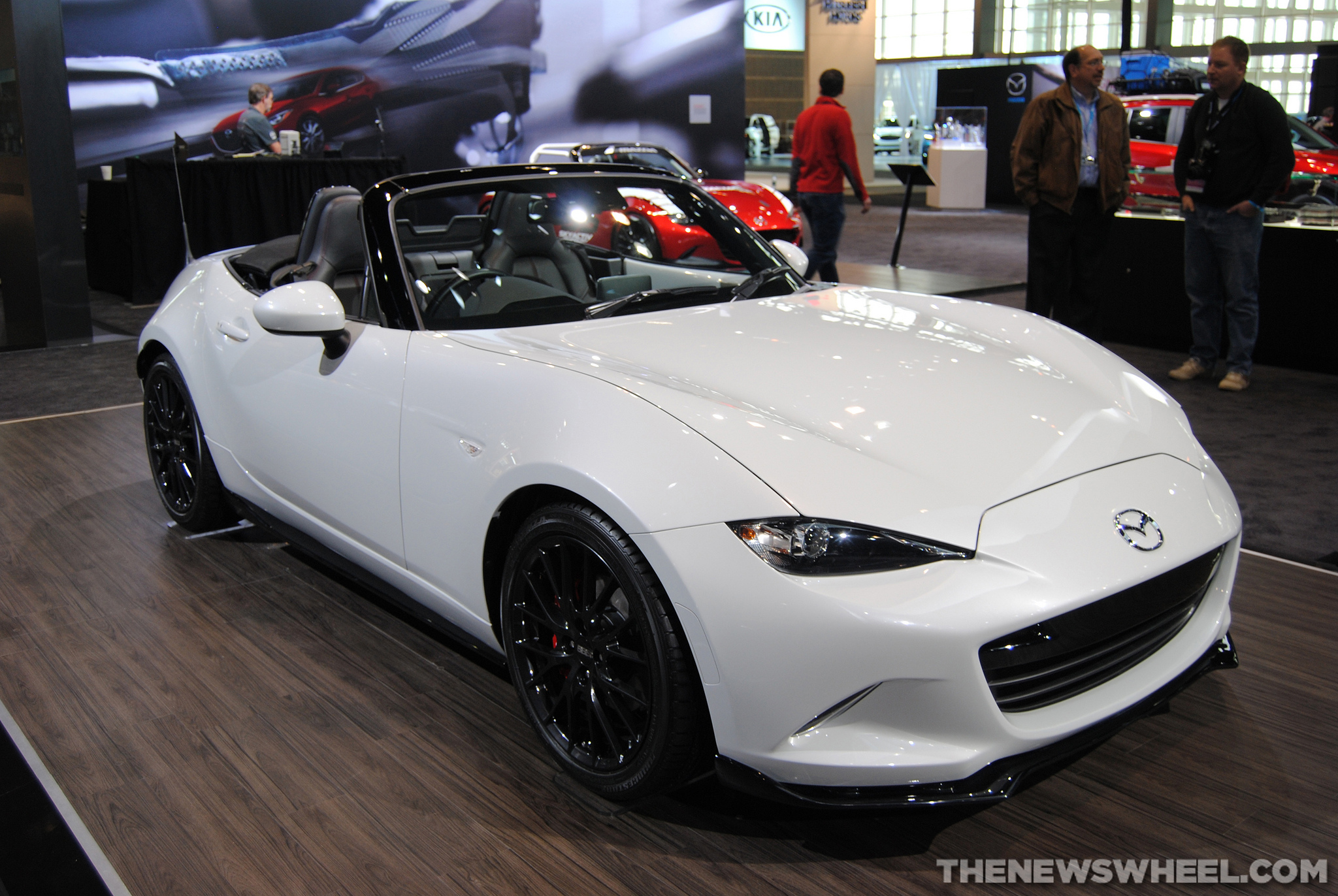 The Latest 2016 MX-5 Performance Upgrades: Microsoft Develops Virtual Model