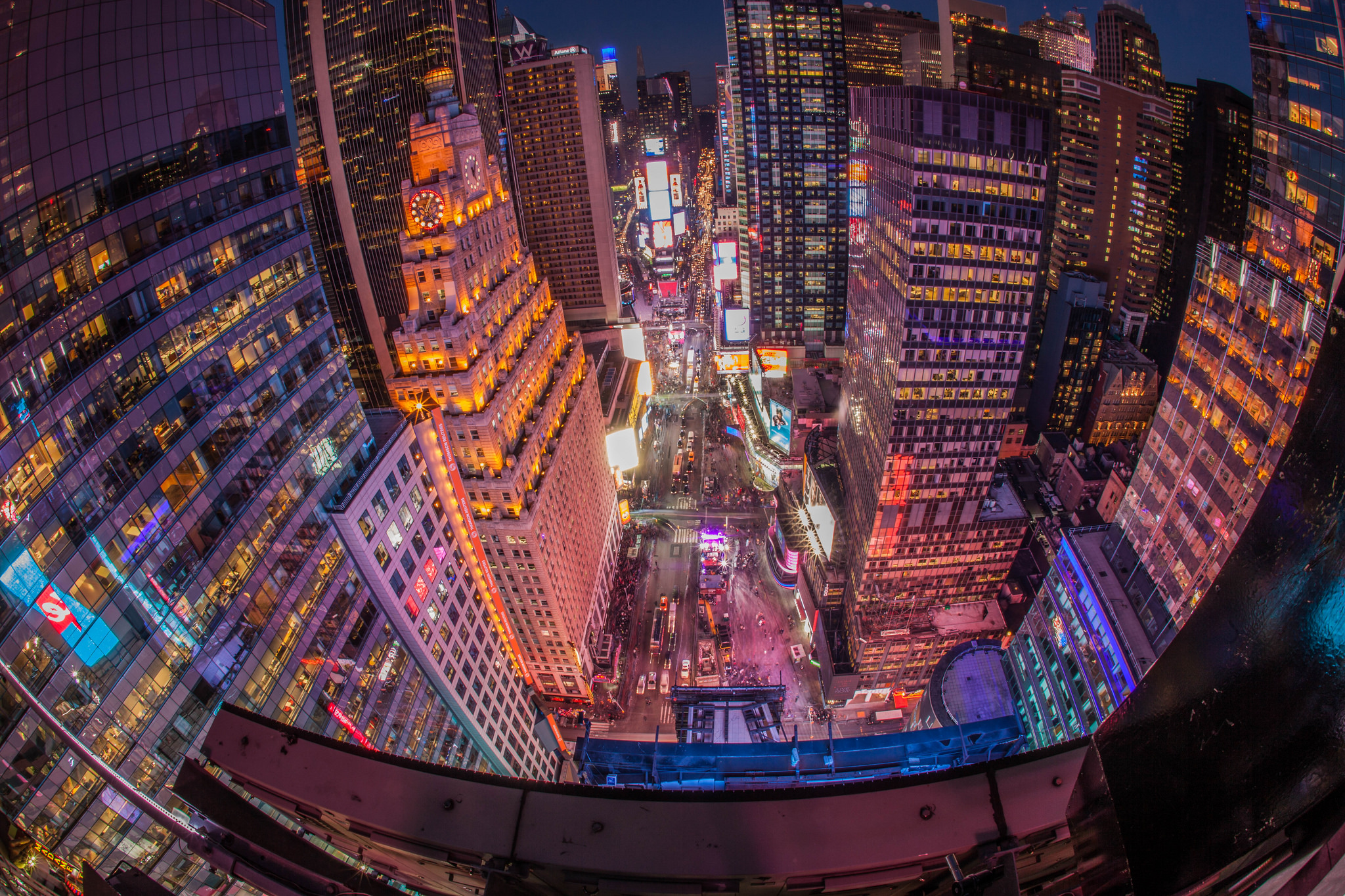 How to Travel to New York City for the New Year's Eve Celebrations